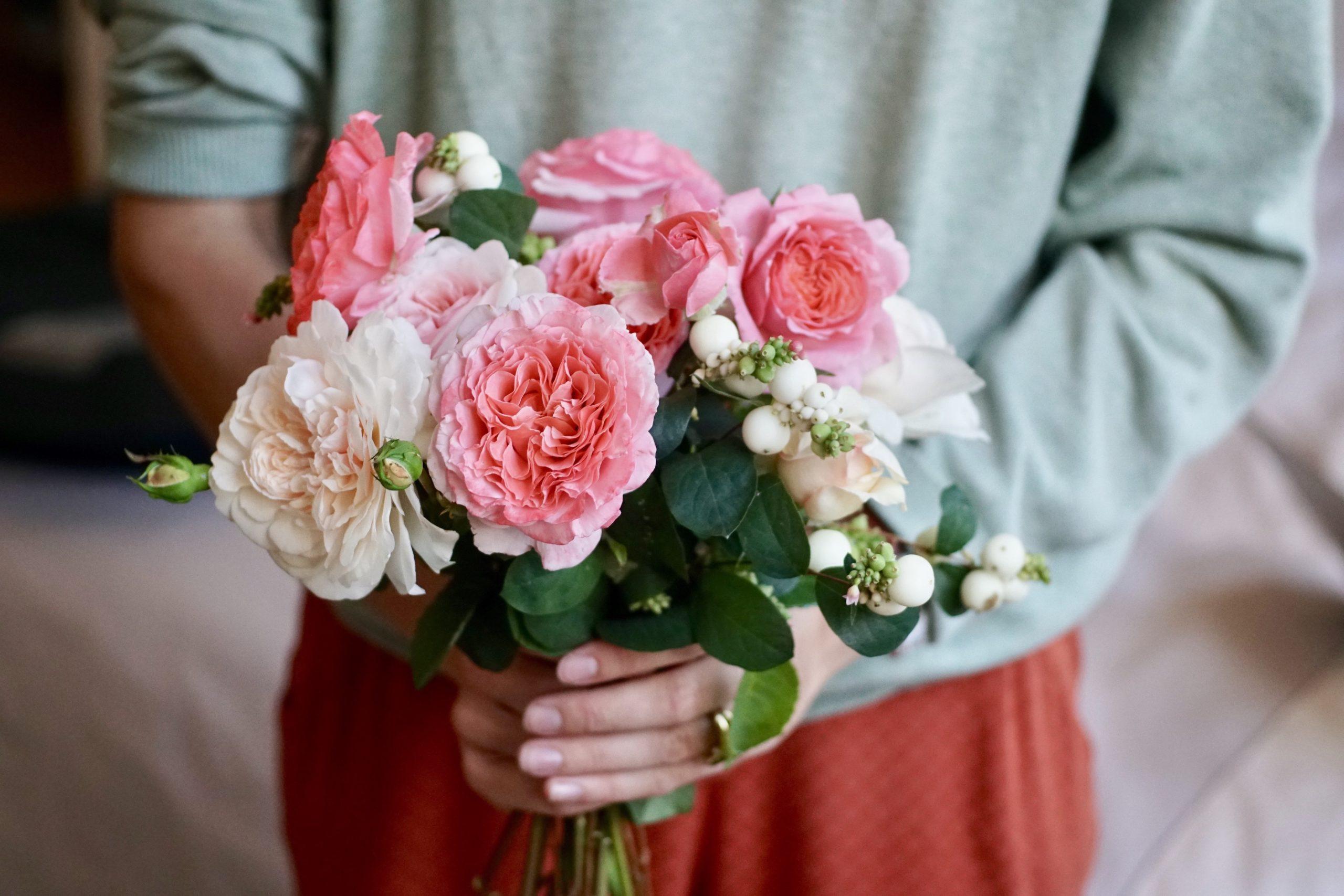 Laurent Cabrol et Sombreuil en bouquets - Roses Guillot®